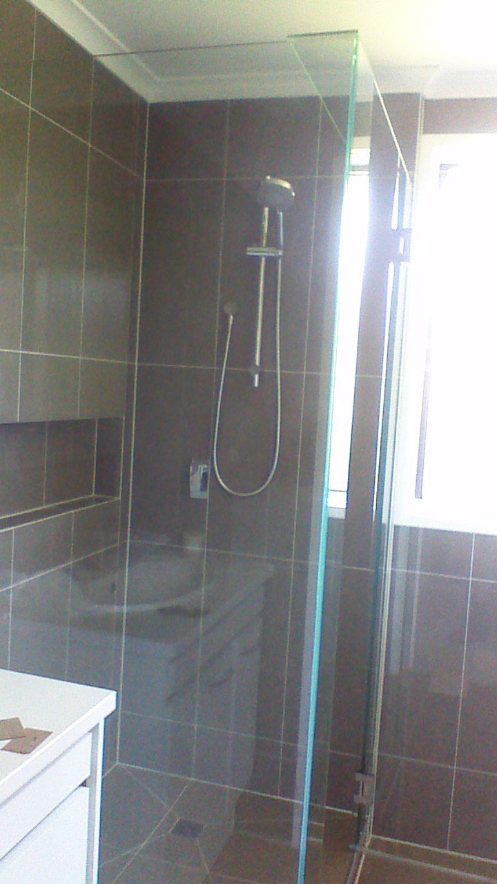Shower Screens4